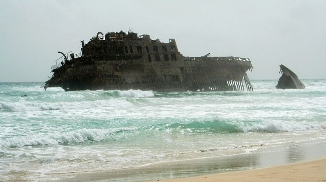 10 of the World's Most Famous Shipwrecks Still Standing Today